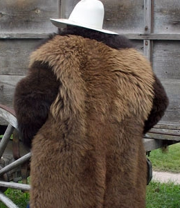 buffalo-clothing-coat-back